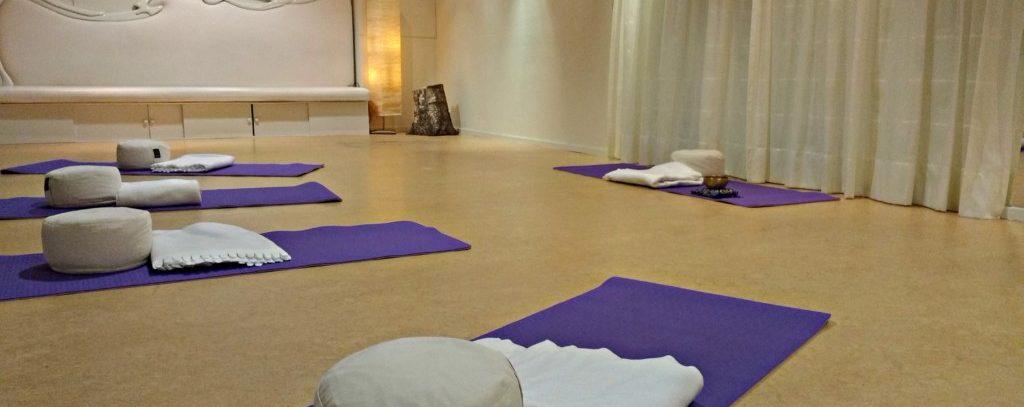 Yin Yoga TACA